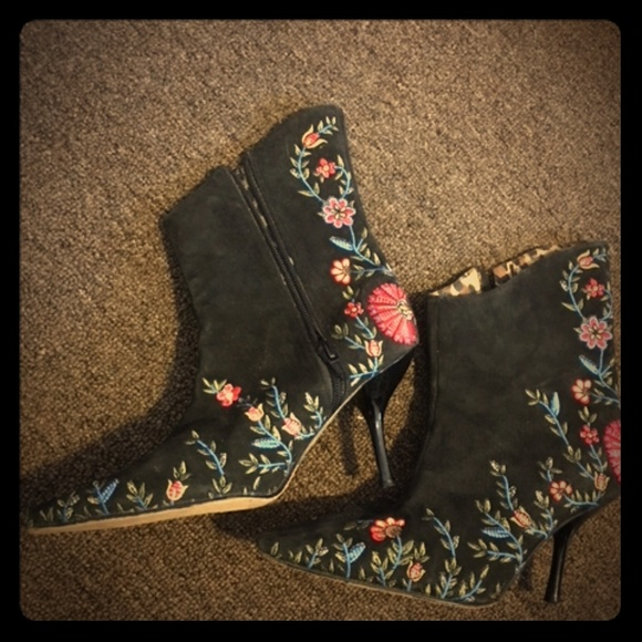 Beverly Feldman Shoes - Vintage Rare Beverly Feldman Booties